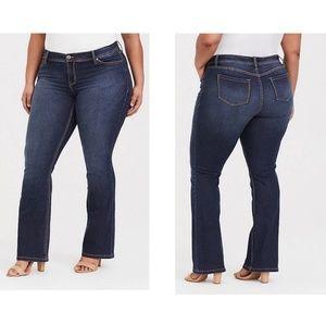 Torrid bootcut Jean's size 16